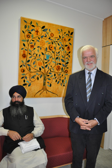 Sikh Gurbani with Clem Furphy at the opening of the Sanctuary, GV Health