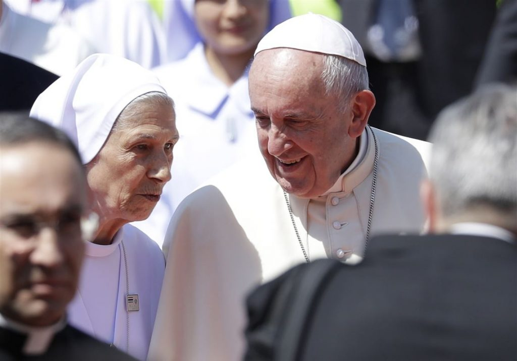 Pope Francis with his cousin, Sr. M. Sivori of the Salesian Order