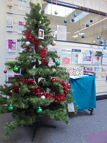 Community Christmas Tree of Remembrance at Mooroopna