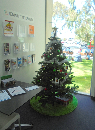 2019 Community Christmas Tree of Remembrance at Eastbank Centre