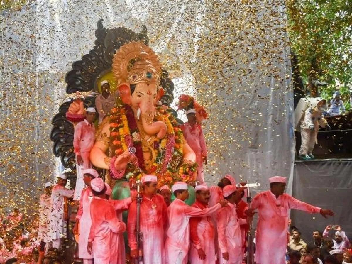 taking Ganesh to Visarjan
