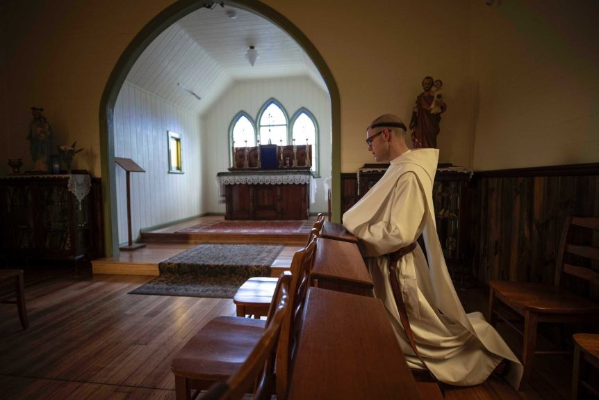 Tasmanian Benedictine monk, Brother Bede i