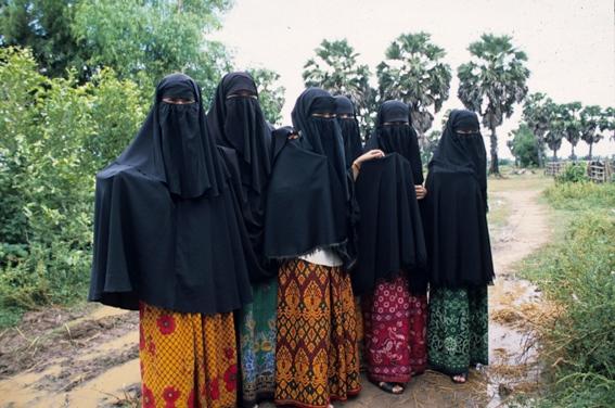 Muslim women in purdah